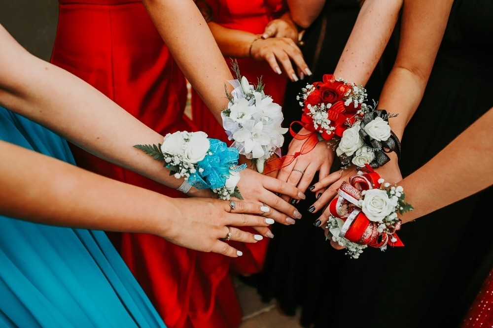Top tips for planning a successful school prom